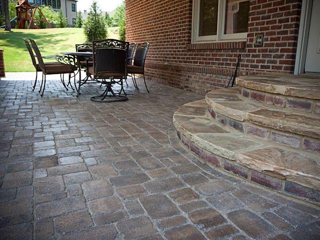 paver_patio_with_stone__brick_landing